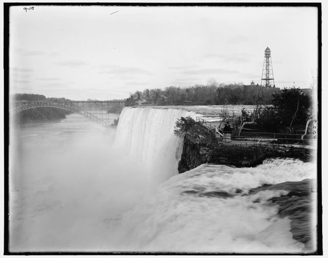 [American Falls from Goat Island]