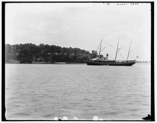 [Bay from the pier, Put-in-Bay, Ohio]