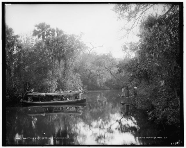 Boating on the Tomoka