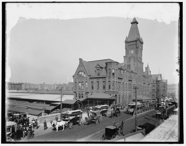 [Chicago, Ill., C. & N.W. R.R. station, the Pacific Express]