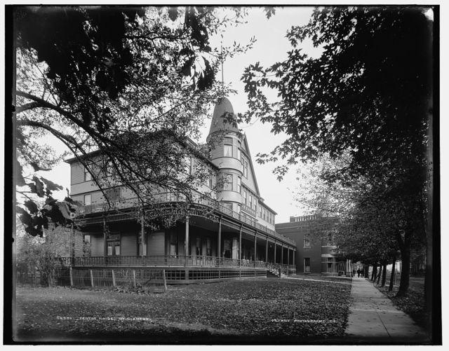 Fenton House, Mt. Clemens