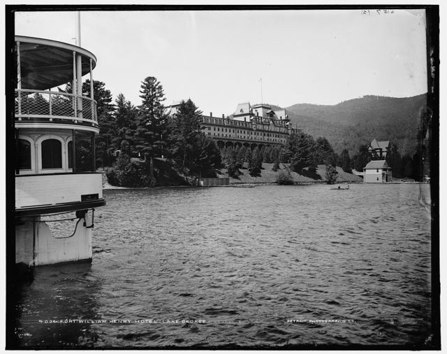 Fort William Henry Hotel, Lake George