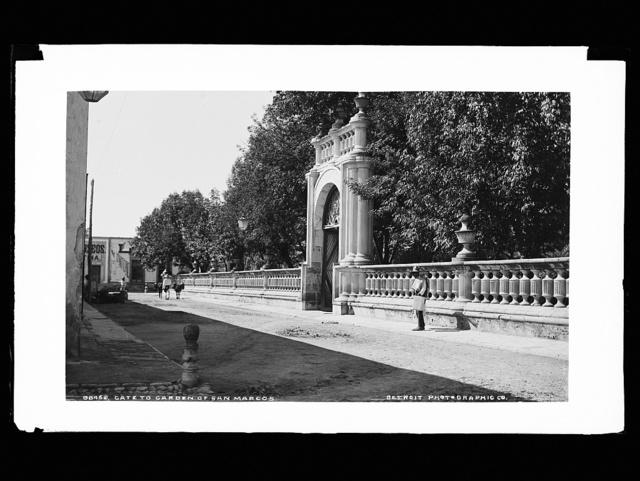 Gate to garden of San Marcos