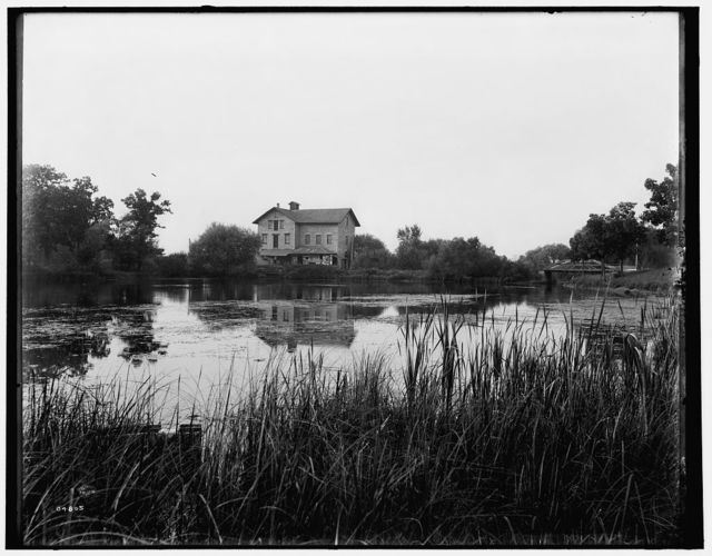 [Green Lake, Wis., old mill at railway station]