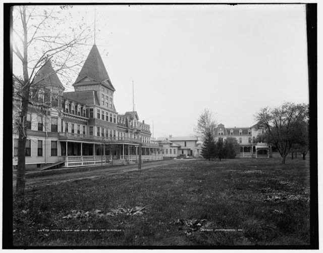 Hotel Egnew and bath house, Mt. Clemens