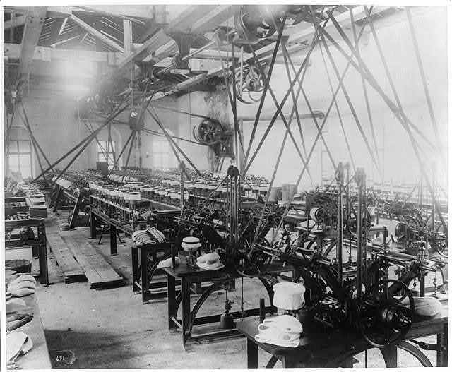 [Interior of the Imperial Fez Factory] / Constantinople, Abdullah Frères.