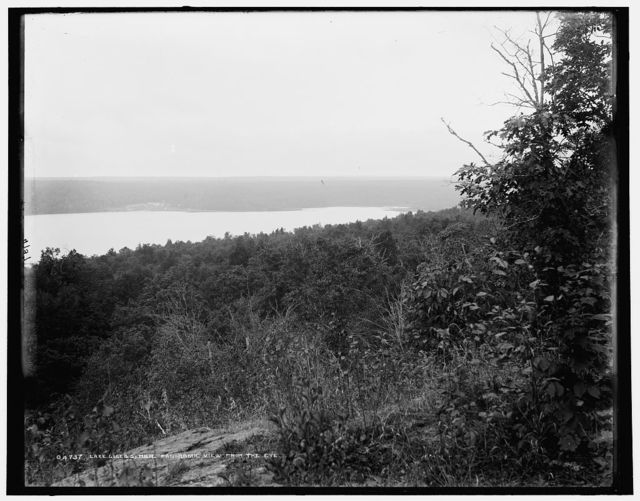 Lake Gogebic, Mich., panoramic view from the eye