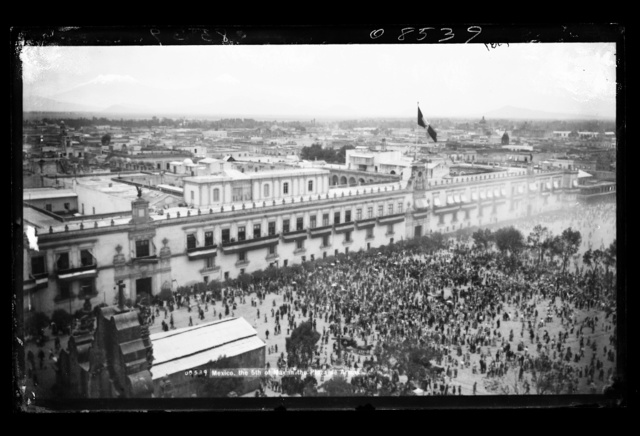 Mexico, the 5th of May in the Plaza de Armas