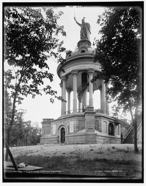 New Ulm, Minn., Herrman Monument