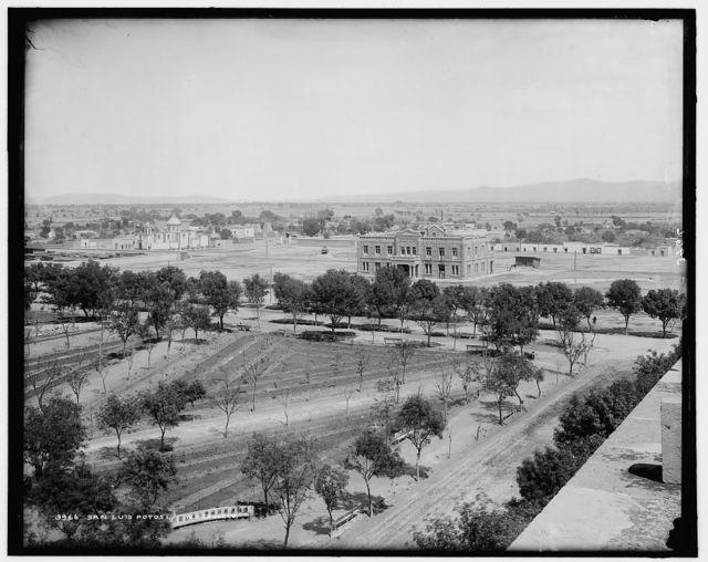[Panorama of San Luis Potosi]