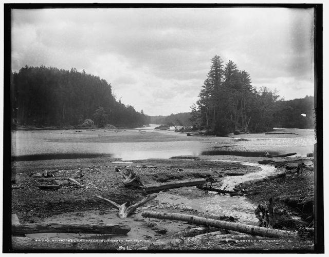 River below falls, Quinnesec [sic] Falls, Mich.