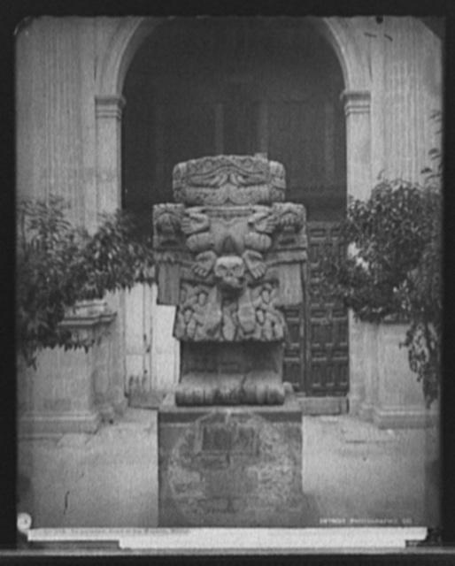 Teoyaomiqui [Coatlicue statue], court of the museum, Mexico
