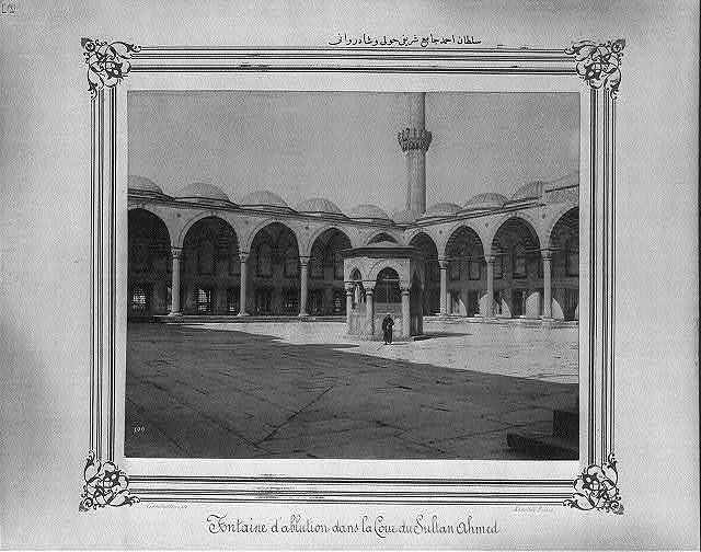 [The ablution fountain and courtyard at the Sultanahmet Camii (mosque)] / Constantinople, Abdullah Frères.