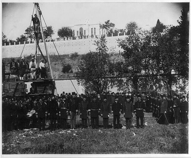 [The construction of gunboats in İzmit]