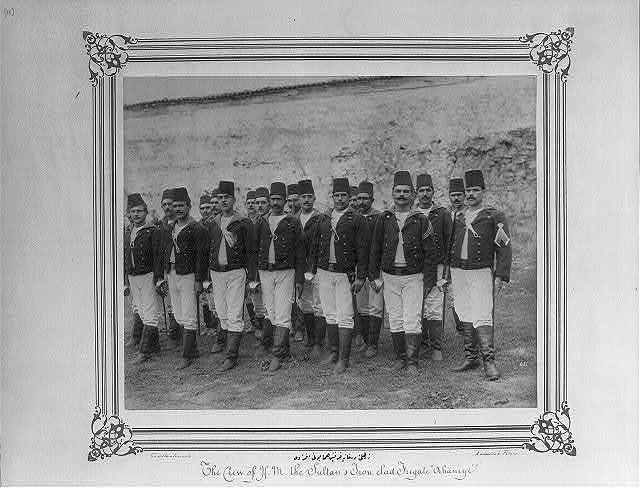 [The crew of the Imperial Ironclad Frigate Orhaniye] / Constantinople, Abdullah Frères.