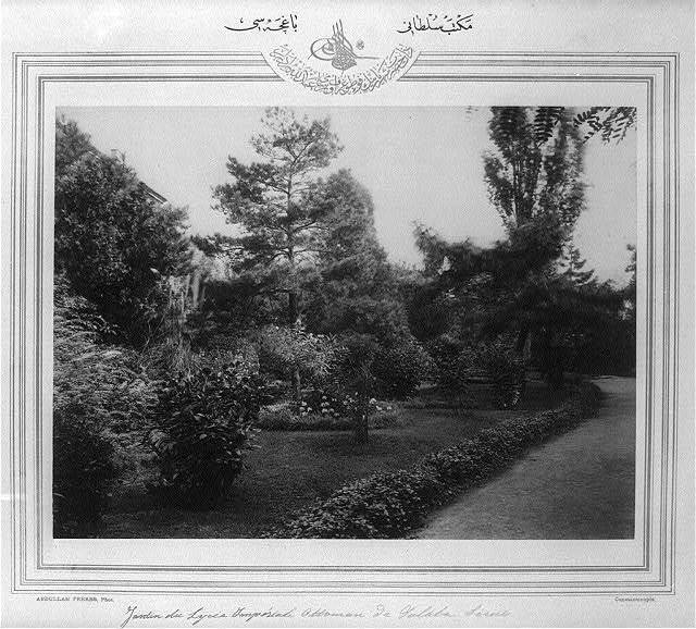 [The garden of the Mekteb-i Sultani] / Abdullah Frères, Phot., Constantinople.