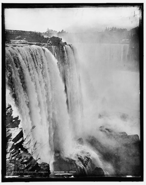 The Horseshoe [Falls], Niagara