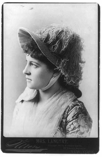 [Lillie Langtry, 1853-1929, head and shoulders portrait, facing left]