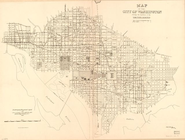 Map of the city of Washington showing the location of the water mains /