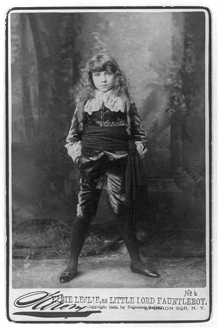 [Elsie Leslie, 1881-1966, full-length portrait, standing, facing front; as Little Lord Fauntleroy]