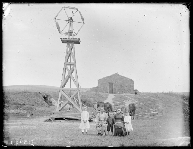 Livestock on the James Gates ranch at Gates, Nebraska,  showing Gates bridge on the Middle Loup River and T.J. Butcher's home in the distance to the right.