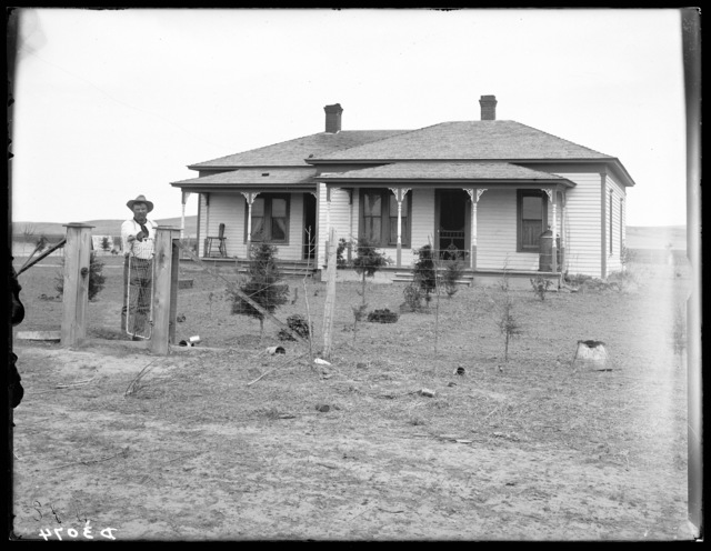Presumed to the the house of  Jasper Wallace, an old timer, located northwest of West Union, Custer County, Nebraska.