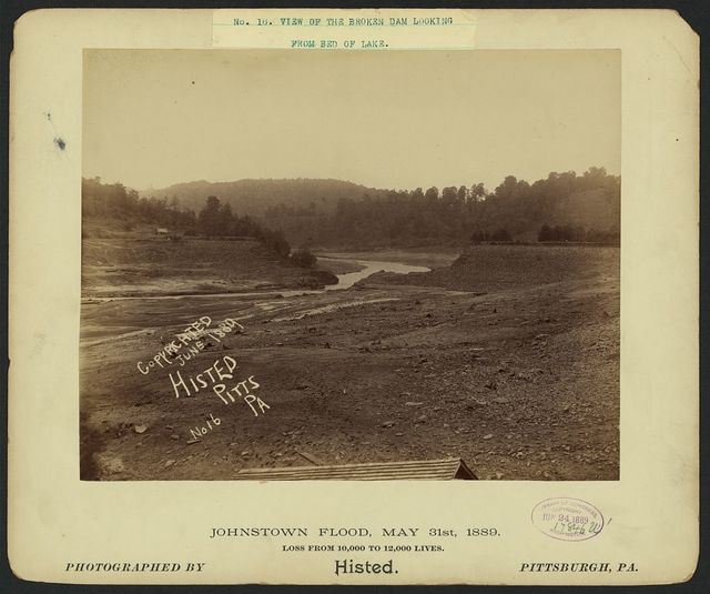 View of the broken dam looking from bed of lake, Johnstown Flood, May 31st, 1889