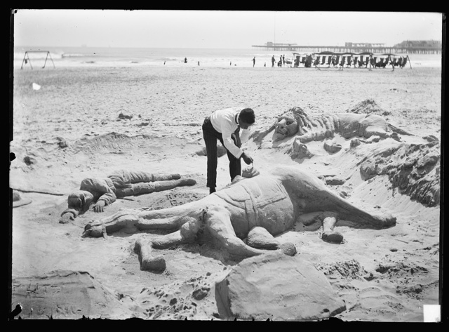 [A Sandman, Atlantic City, N.J.]