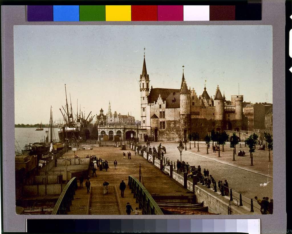 Anvers, vue du steen avec le port