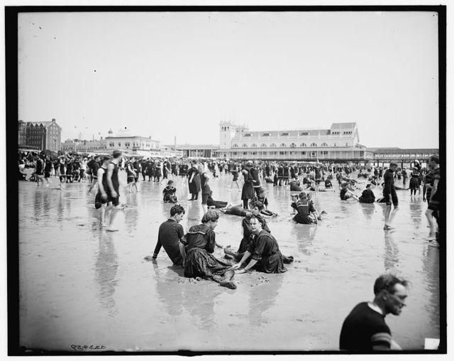 [Atlantic City, N.J., on the beach]