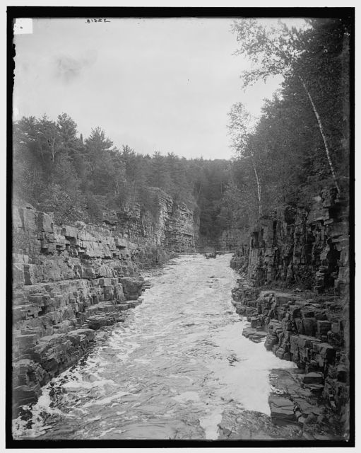[Ausable Chasm, N.Y., boat entering rapids]