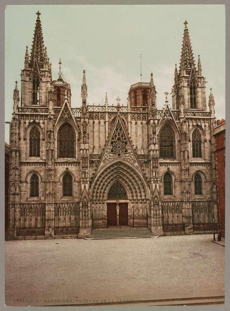 Barcelona. Fachada de la Catedral