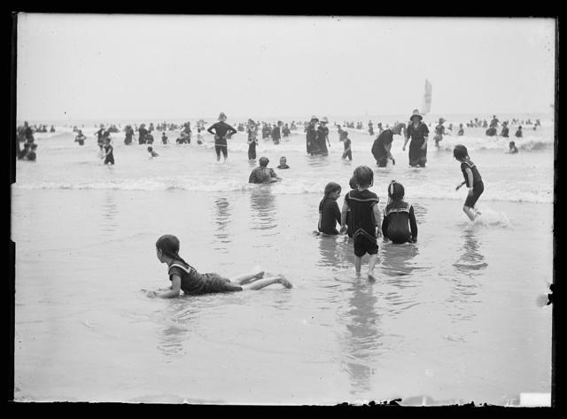 [Bathers at crowded beach, Atlantic City, N.J.]