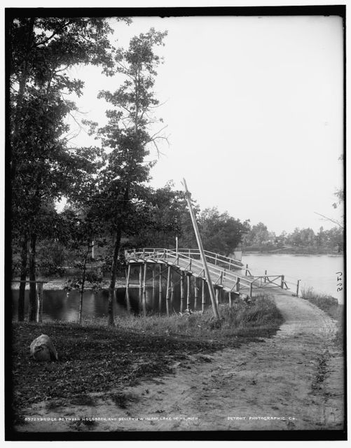 Bridge between Hogsback and Belleview Island, Lake Orion, Mich.