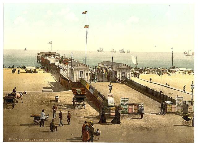 [Britannia Pier, Yarmouth, England]