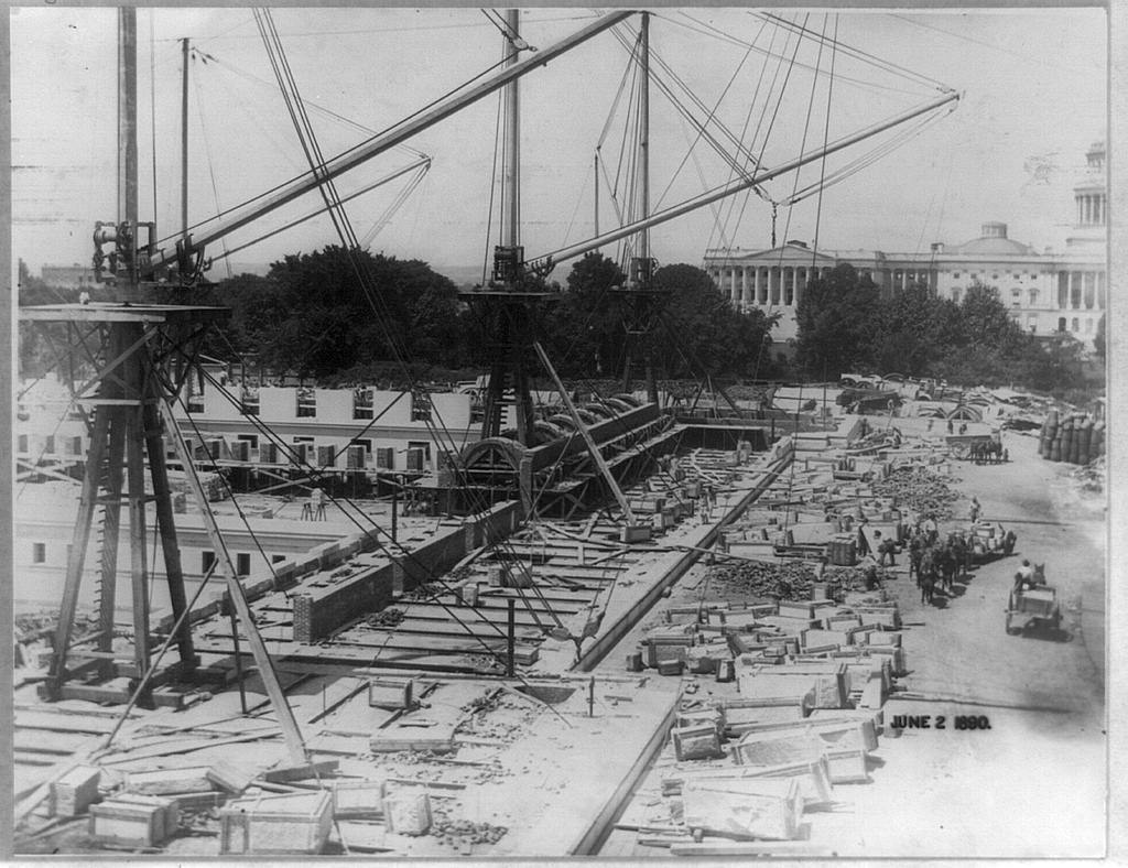 [Construction of the Jefferson Building, Library of Congress, with the Capitol in the background, Washington, D.C.]