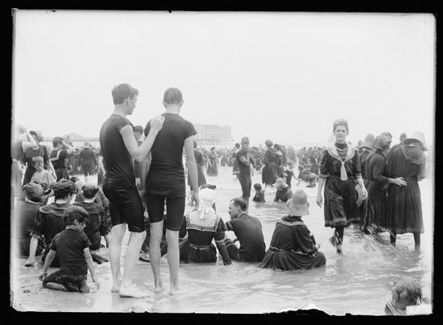 [Crowded beach, Atlantic City, N.J.]
