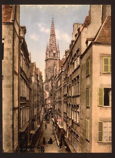 [Grand Street, St. Malo, France]