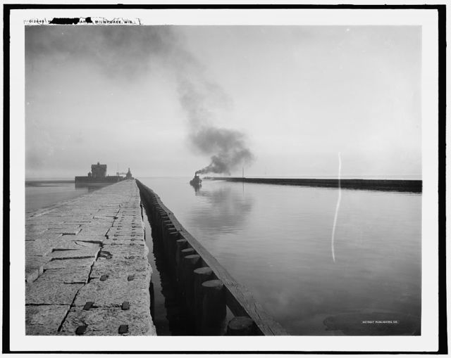 Harbor entrance, Milwaukee, Wis.