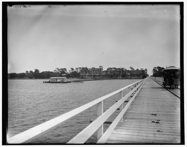 [Hotel Ormond from bridge, Ormond, Fla.]