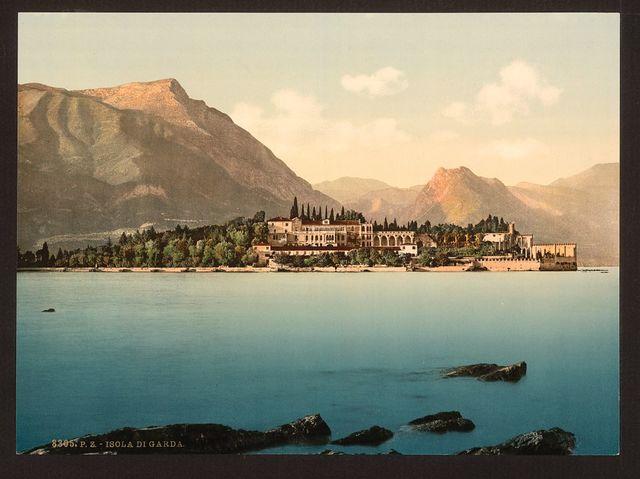 [Isola di Garda, Lake Garda, Italy]