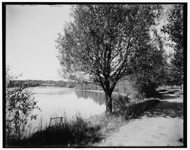 [Lake George, N.Y., the Sagamore boat landing]