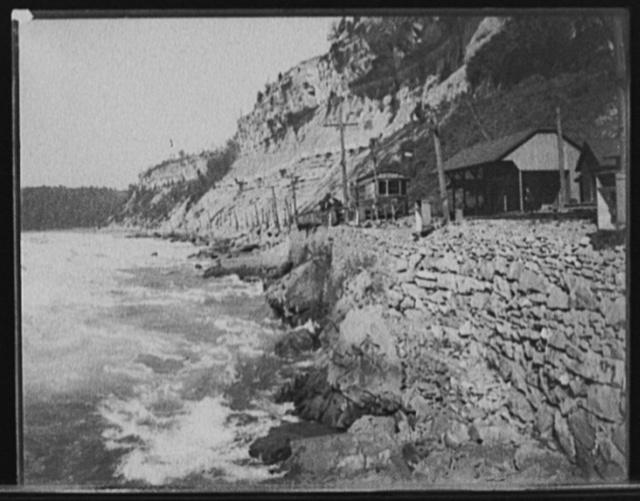 [Niagara River, N.Y.]