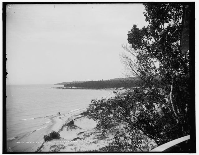 North on the beach, Harbor Point