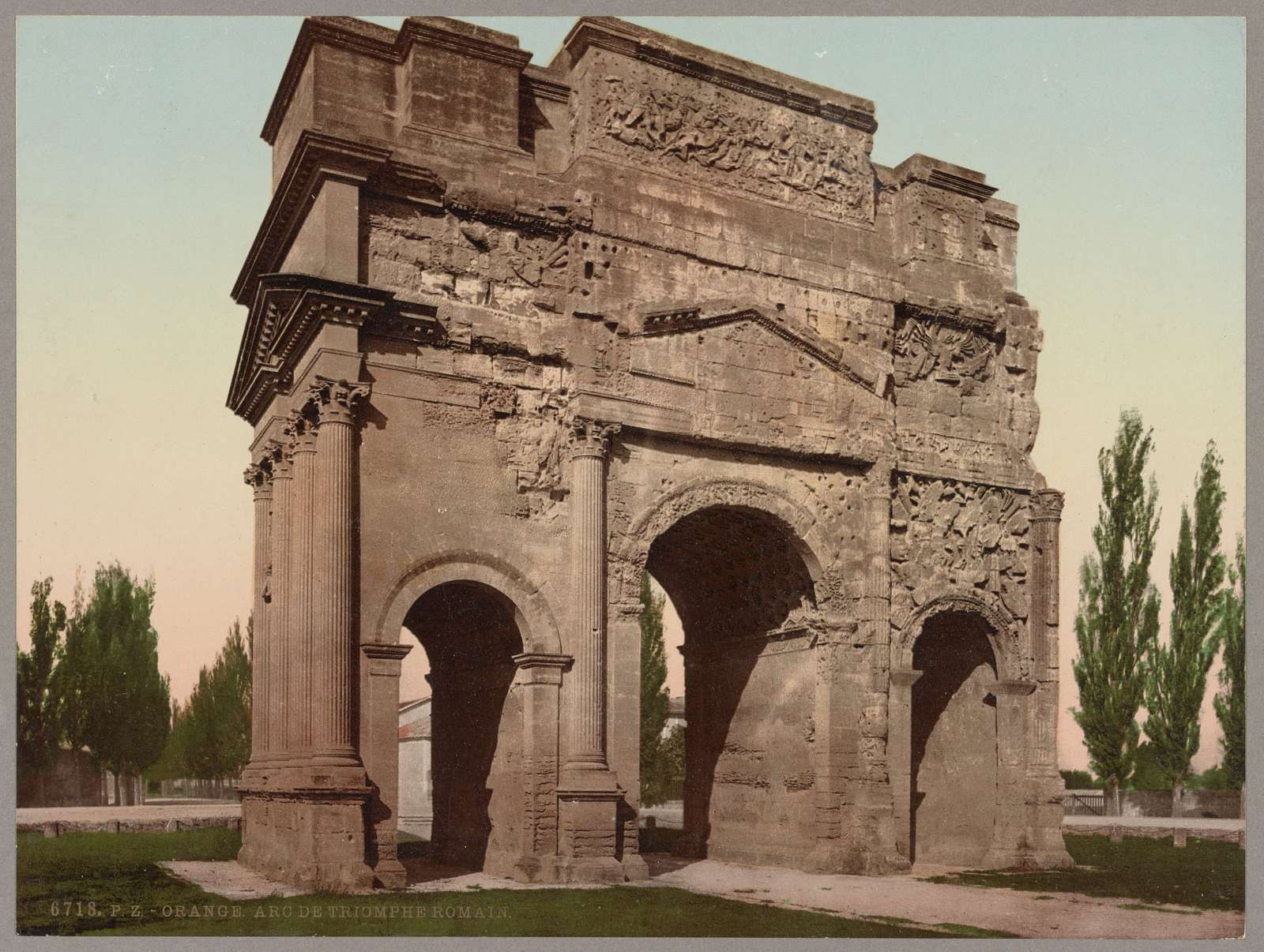 Orange. Arc de Triomphe Romain