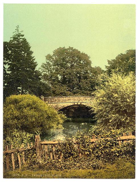 [Penshurst Bridge, Tunbridge Wells, England]