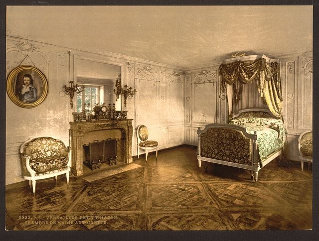 [Petit Trianon, chamber of Marie Antoinette, Versailles, France]