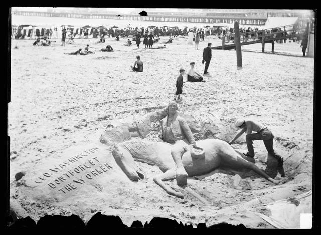 [Sand sculpture and artist, beach, Atlantic City, N.J.