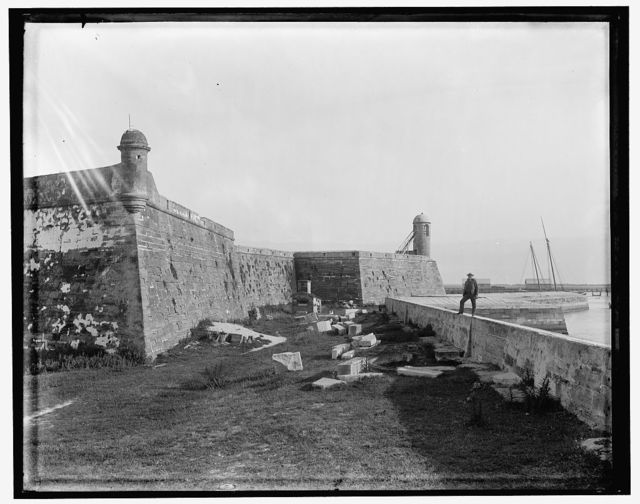 [St. Augustine, Fla., the water battery at Fort Marion]