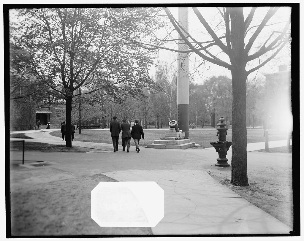 [Students on the campus, Ann Arbor, Mich.]
